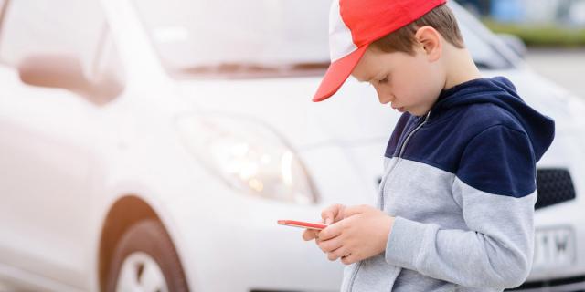 Educare i bambini al web – Perché nella nuova era digitale i divieti hanno poco senso