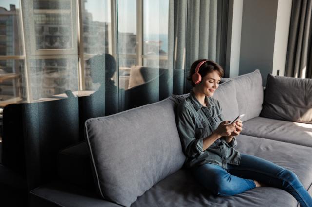 Educazione digitale: Audiobook, quando la lettura diventa ascolto